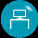 Grafik, weißer PC auf einem Schreibtisch - einfache Tipps, um am Schreibtisch Energie zu sparen